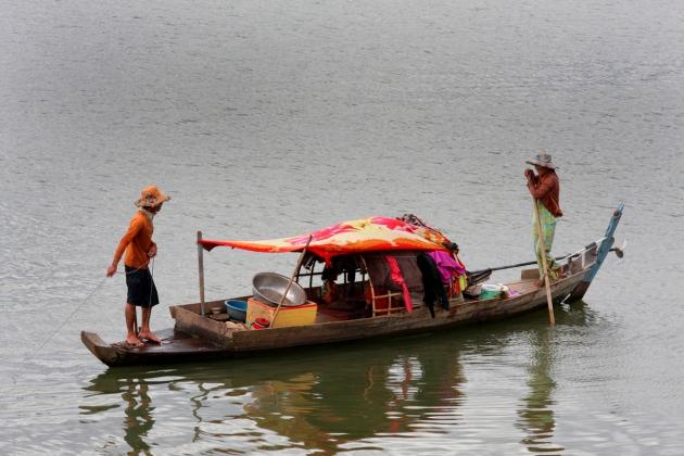 Fishing in the Mekong, Phnom Penh, Cambodia